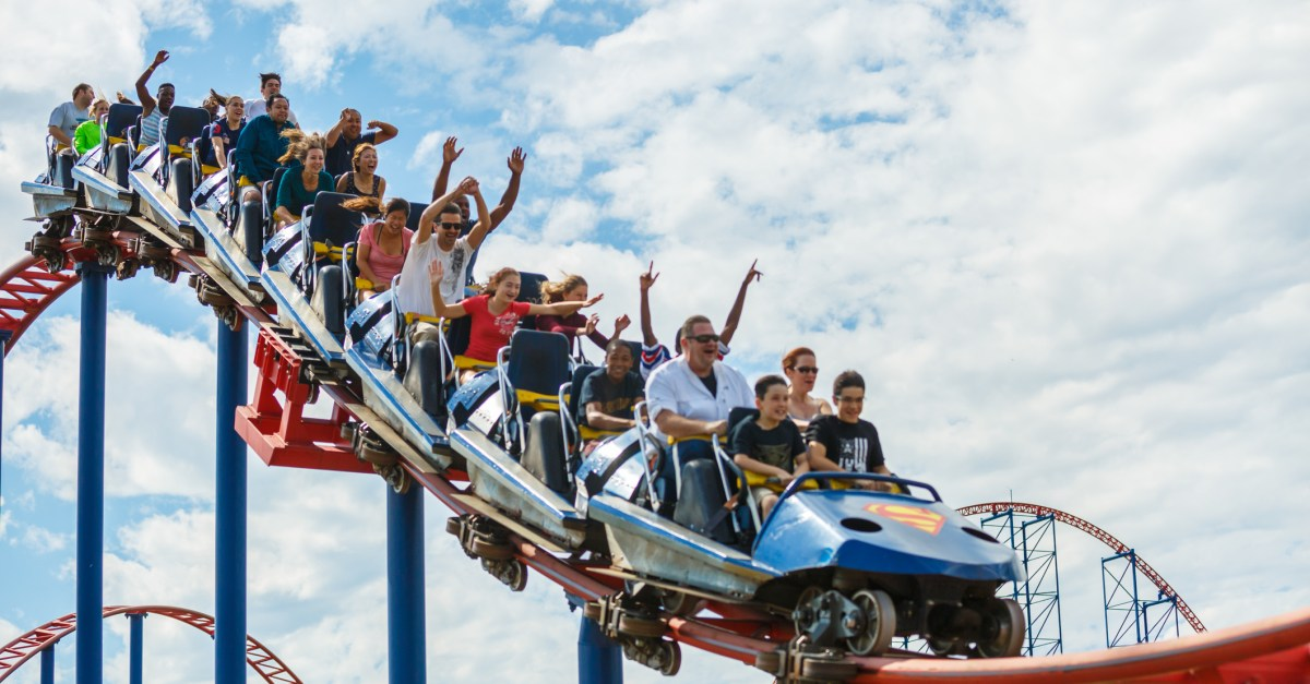 Six Flags discounts: Save up to 50% on tickets!