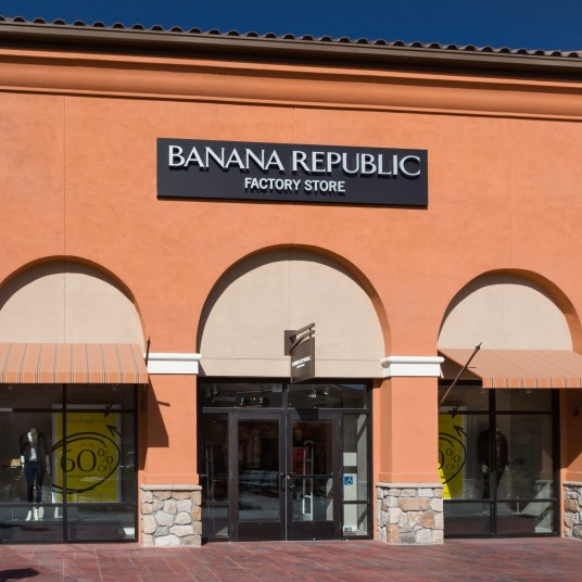 Banana Republic Factory coupon: Entire site is under $40 + an extra 50% off clearance