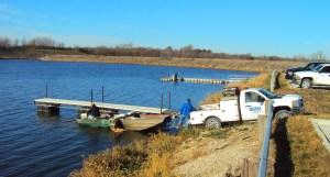 algae-research-west-lake-boat, algae bloom