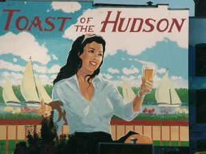 Toast of the Hudson - Close up