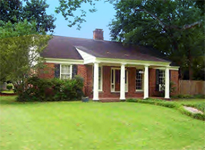 A Clarksdale home for sale in the $100K - $150K price range.