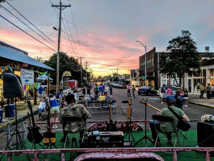 Sunset at the end of the Smithsonian - Quapaw event (photo Chris Campos).