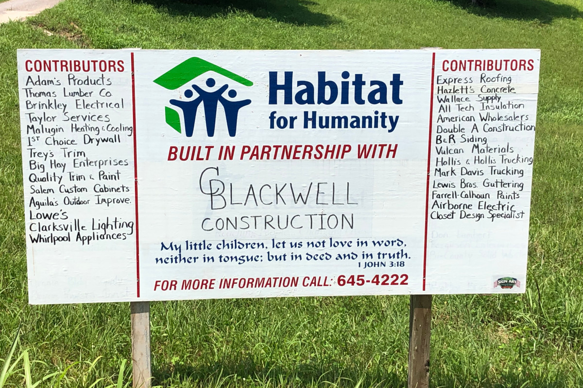 for humanity dedicates 98th clarksville