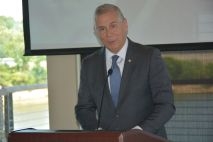 NetGreene Solutions and CrossPath Telecom Network celebrated financial freedom for the company with Clarksville Mayor Joe Pitts as guest speaker on Thur. May 20 2021. (Lee Erwin)