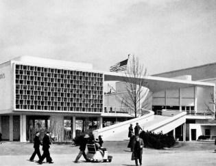 Lucio Costa + Oscar Niemeyer