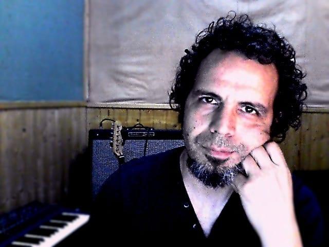Javier Cabañas: CLASES DE GUITARRA ON LINE en España