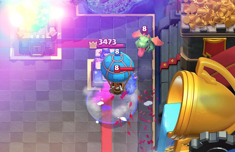 Clash royale balloon
