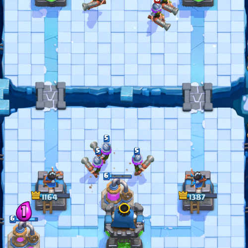 mega-knight-arena-10-clash-royale-kingdom