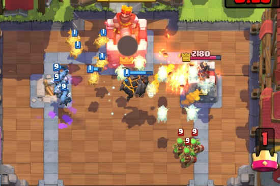 lava-hound-building targeting card clash royale