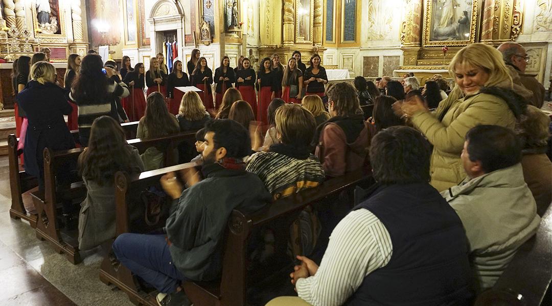 Los dos premios y el reconocimiento del público coronan un desempeño elogiable, que ya se percibía en las actuaciones que la agrupación venía mostrando en la ciudad de Córdoba.