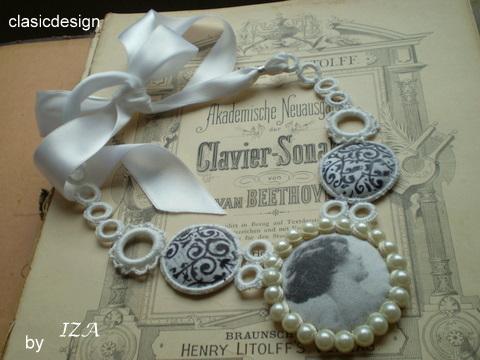 bijuterii vintage-perle-satin alb