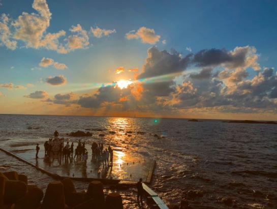 夕日と雲と