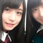 欅坂46時代の長濱ねる(左)と菅井友香