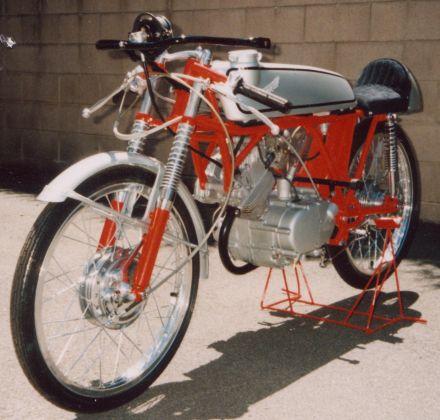 Nguyên bản Honda CR110 đời 1962