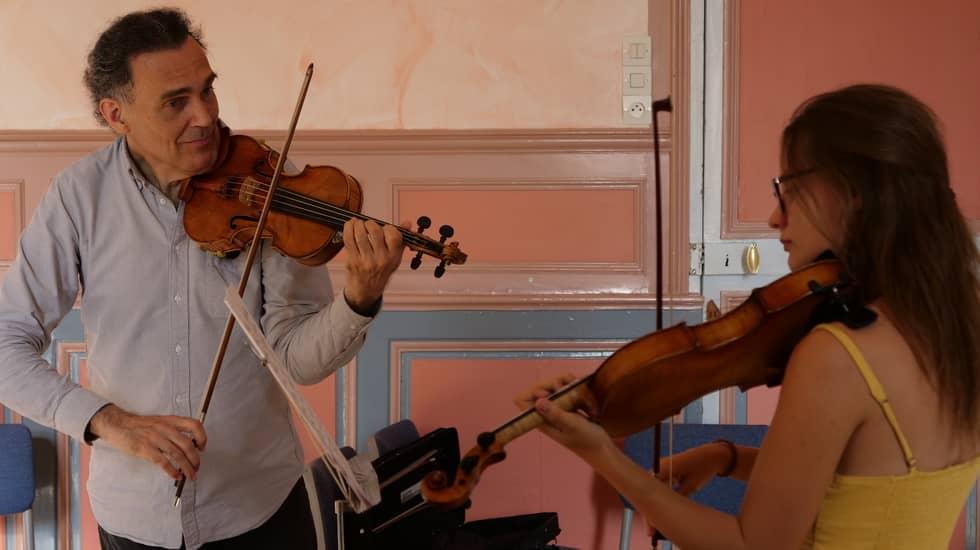 Olivier Charlier, Gemma Monton - faire du violon ensemble