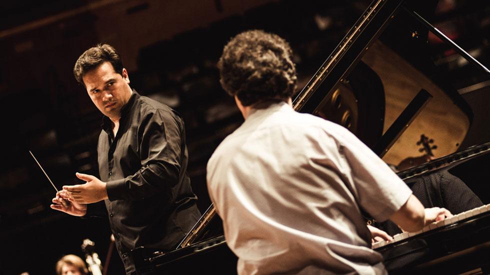 Evgeny Kissin et Robert Trevino en répétition à la Philharmonie