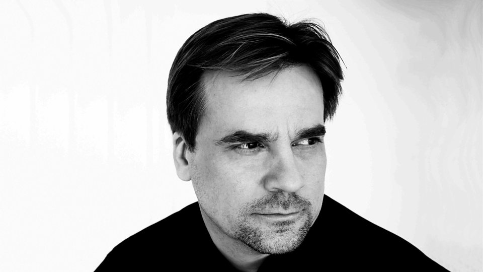 Le chef finlandais John Storgårds