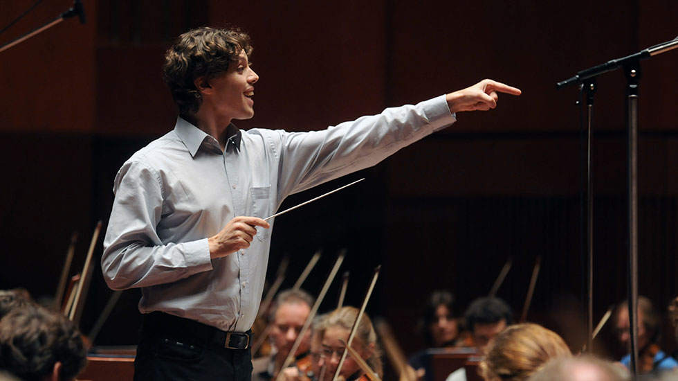 Kevin Griffiths dirige des symphonies de Johann Evangelist Brandl