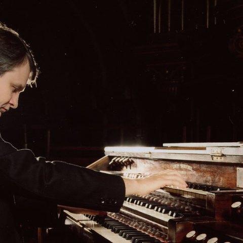 Michel Bourcier à l'orgue