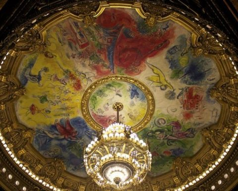 """""""Chagall Opéra"""" by Own work. Licensed under CC BY-SA 3.0 via Wikimedia Commons"""