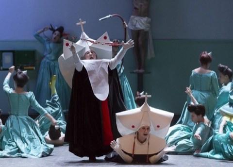 Les Mousquetaires au couvent, Chanteuses de l'Académie de l'Opéra Comique / Les Cris de Paris / Nicole Monestier (la mère supérieure) / Doris Lamprecht (sœur Opportune) / Paul Canestraro (figurant)