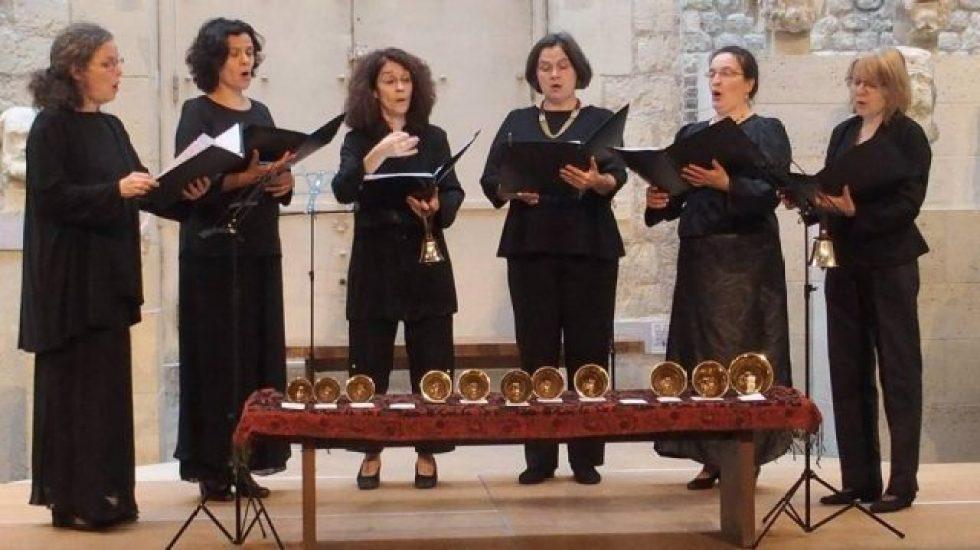Chant grégorien par l'ensemble Discantus