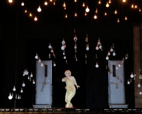 Francesca Aspromonte dans Erismena de Francesco Cavalli mis en scène par Jean Bellorini au festival d'Aix-en-Provence 2017 © Pascal Victor / Artcompress