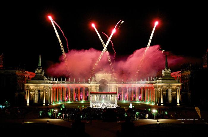 Festival de Potsdam Sanssouci, Communs du Neues Palais : Feux d'artifice