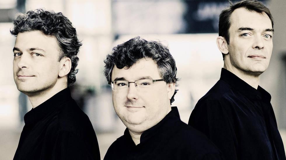 Le Trio Wanderer : Vincent Coq (piano), Jean-Marc Phillips-Varjabédian (violon) and Raphaël Pidoux (violoncelle)