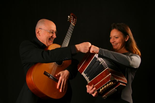 http://classicalguitarmagazine.com/recent-albums-from-thanos-mitsalas-duo-silb-and-composer-randy-hathaway/