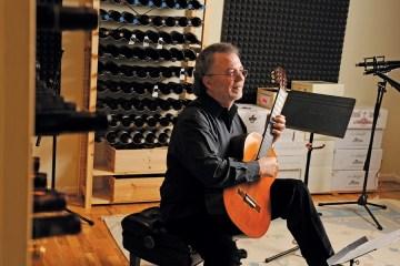 Manuel Barrueco recording classical guitar