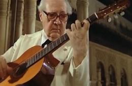 classical guitarist andrés segovia