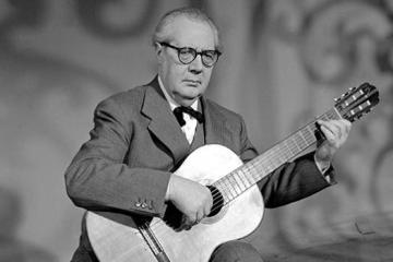 andres segovia classical guitarist