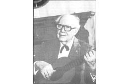classical guitarist andres segovia