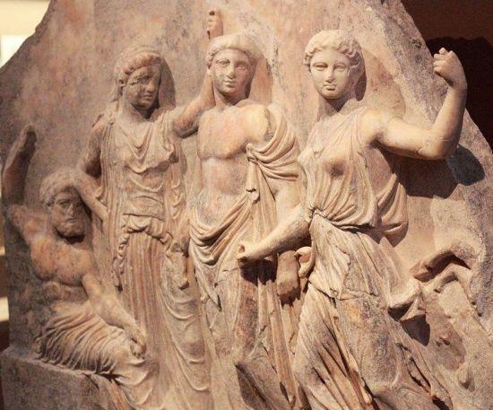artemis gods