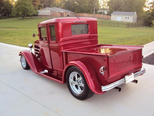 1934 Ford Club-Cab Truck High-End Build - Show and Drive ...