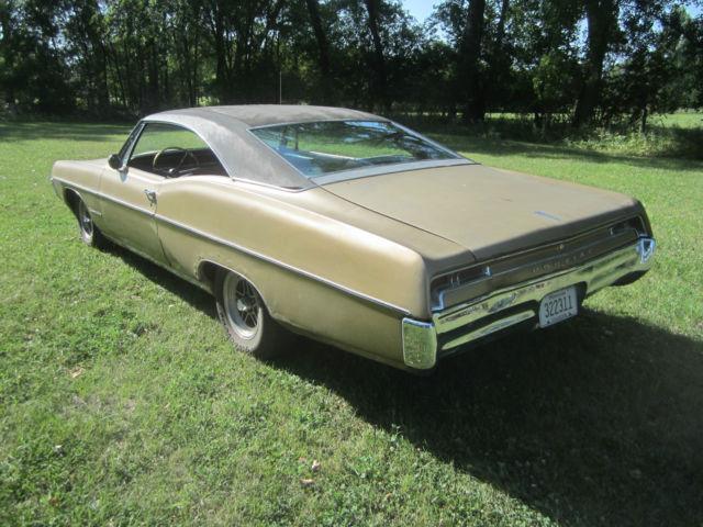 2 1967 Bonneville Pontiac Door Hardtop Gold