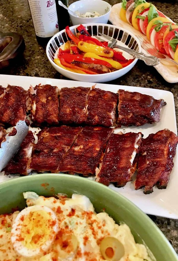 Barbecued spare ribs and potato salad