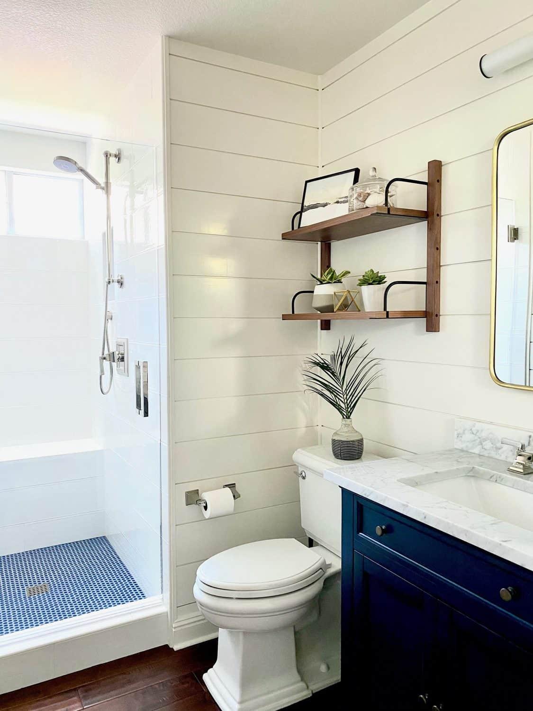 Designer Mary Ann Pickett'e Bathroom Makeover