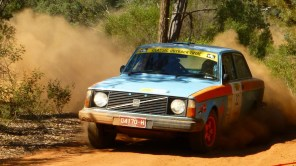 3rd OR: Ian and Val Swan, 1974 Volvo 242 DL