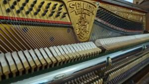 Rennermechanik Klavier Seiler