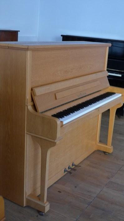 Klavier_seiler_130_neu