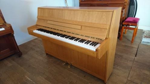 Kawai_piano
