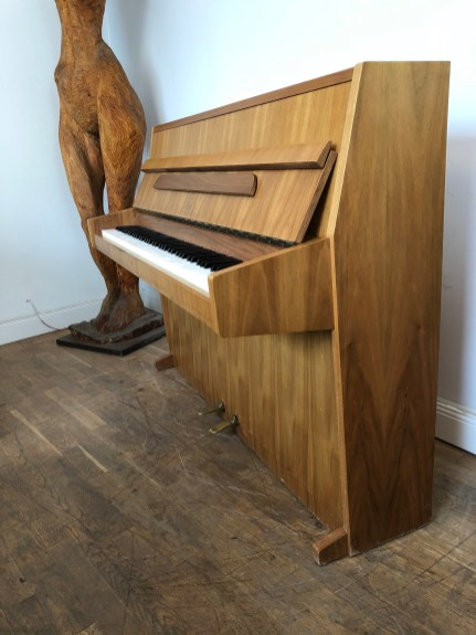 ibach_piano_pre-owned