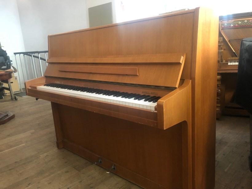 Klavier August Förster