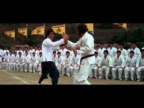 Classic Movie Clips #7 – Enter The Dragon – Bruce Lee avenges his sister's death.