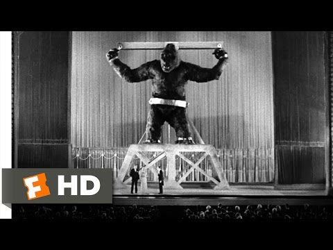 King Kong (1933) – Kong Escapes Scene (7/10) | Movieclips