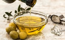 auction-olive-oil_400x250
