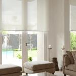 Удобные и красивые светлые рулонные шторы