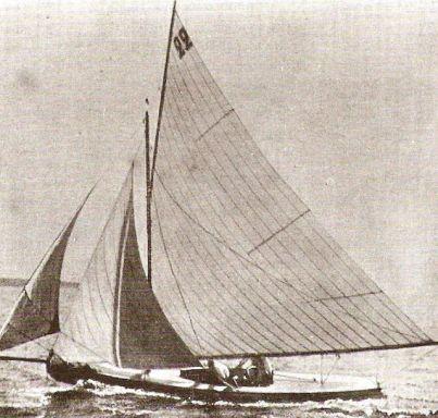 0.5 - 1 Ton Class yacht